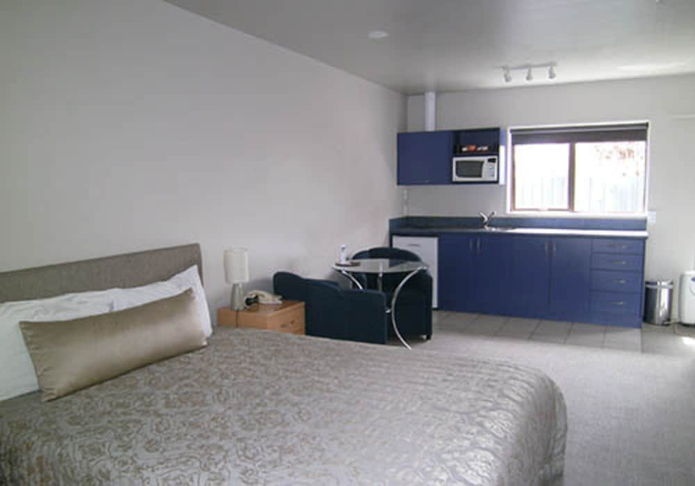 Gallery image of Anchorage Motel Apartments