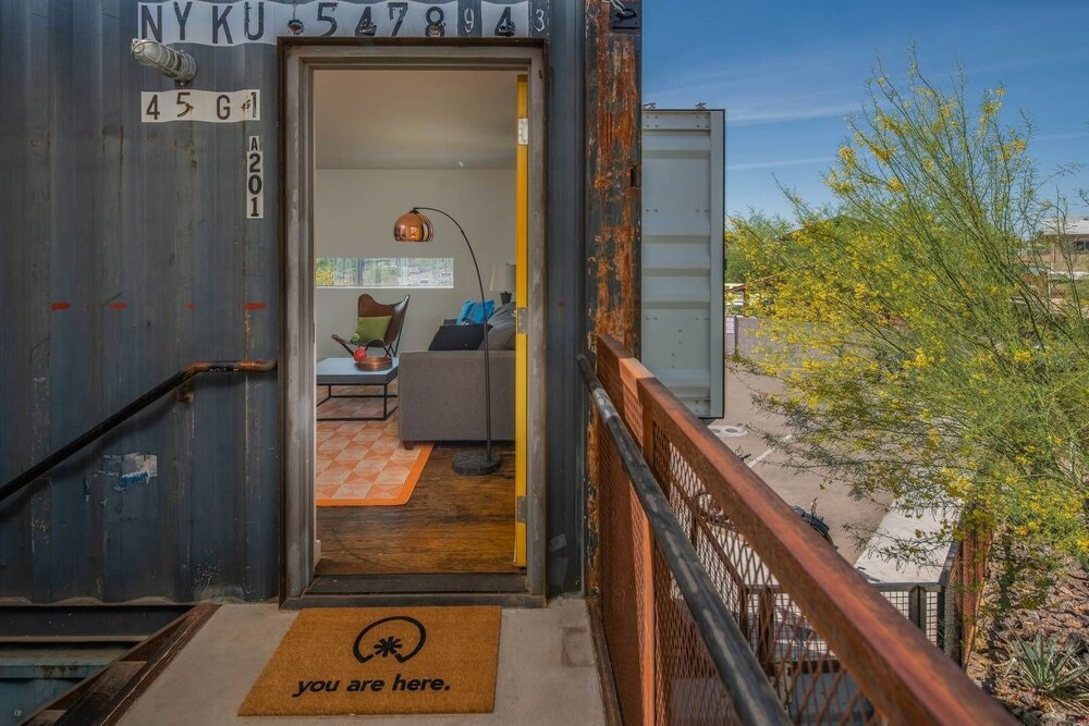 1BR Cargo Container A201 by WanderJaunt