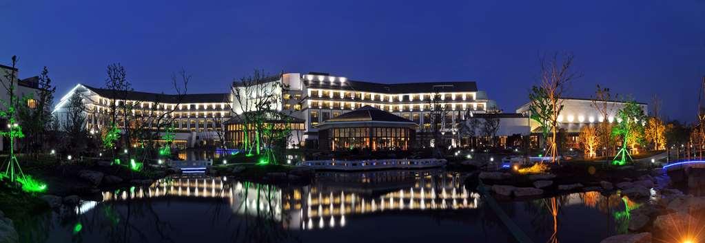Worldhotel Grand Dushulake