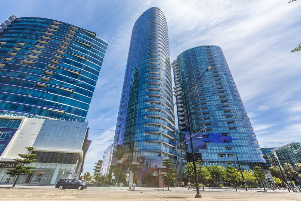 Apartments Melbourne Domain New Quay Docklands