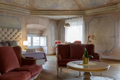 Rooms Castelvecchio Palazzo Canossa
