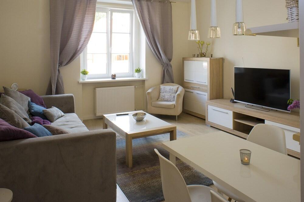 Rais Serviced Apartments