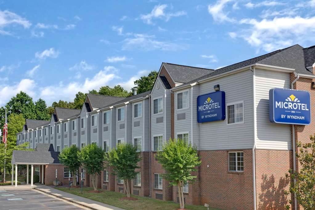 Gallery image of Microtel Inn by Wyndham Charlotte University Place