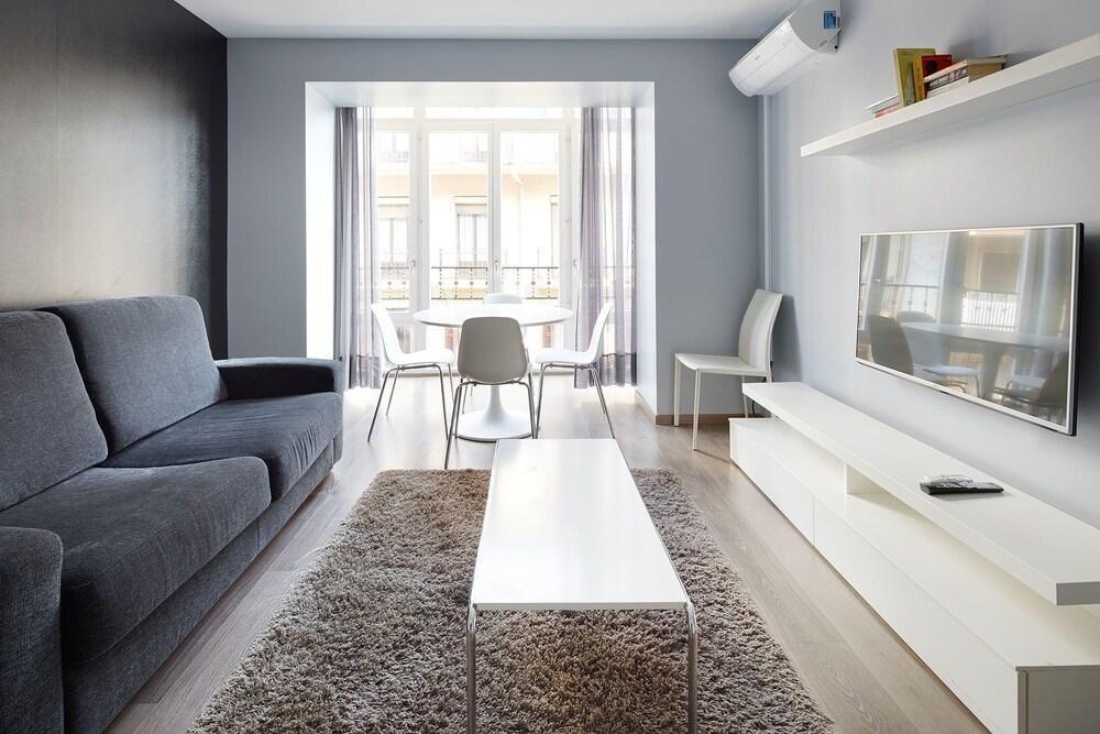 Gros City Apartments