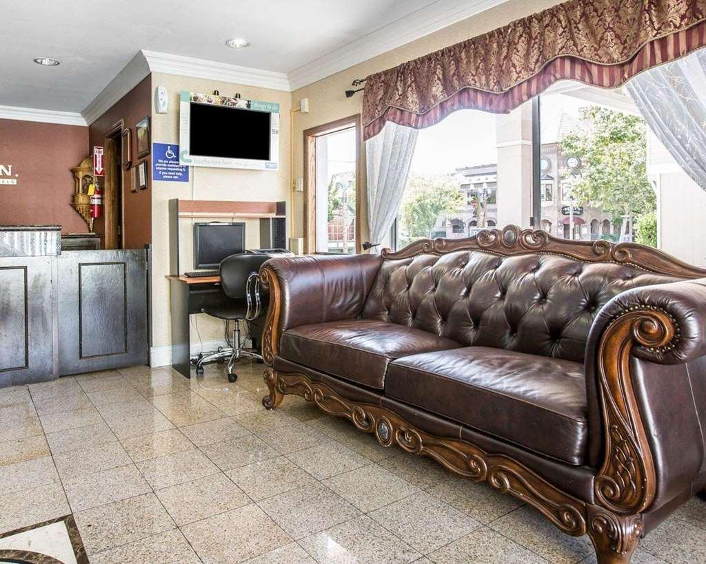 Gallery image of Rodeway Inn Old Town Temecula