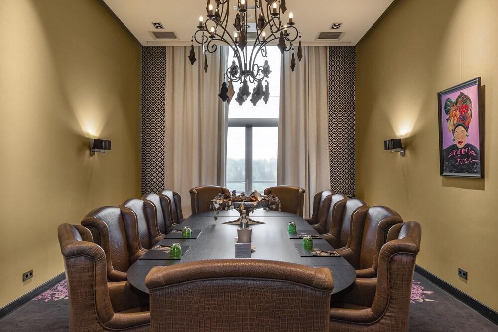 Gallery image of Van Der Valk Hotel Sneek