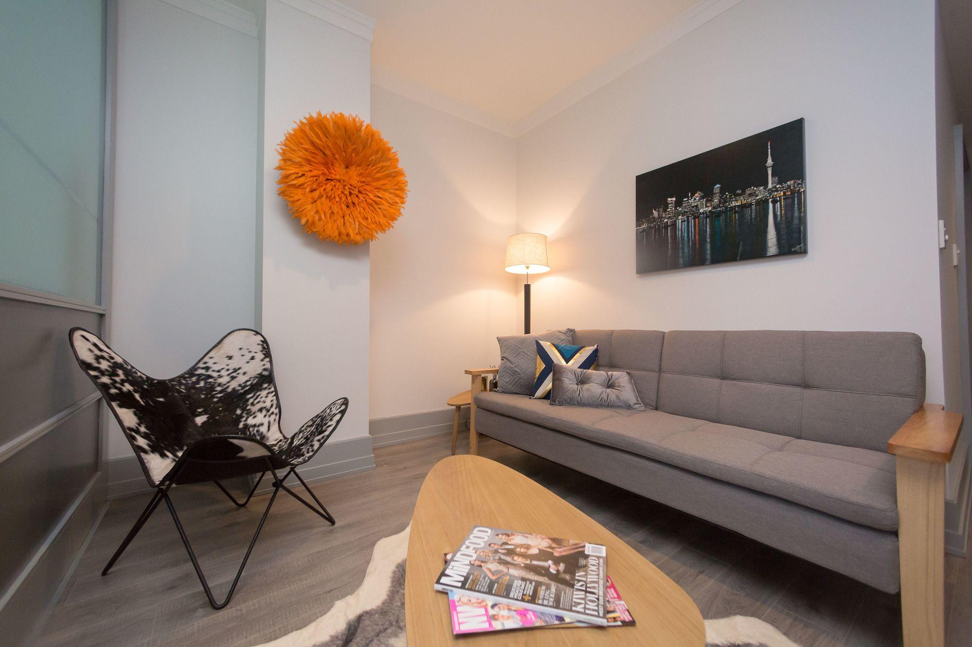 QV Large Penthouse Apartment 510
