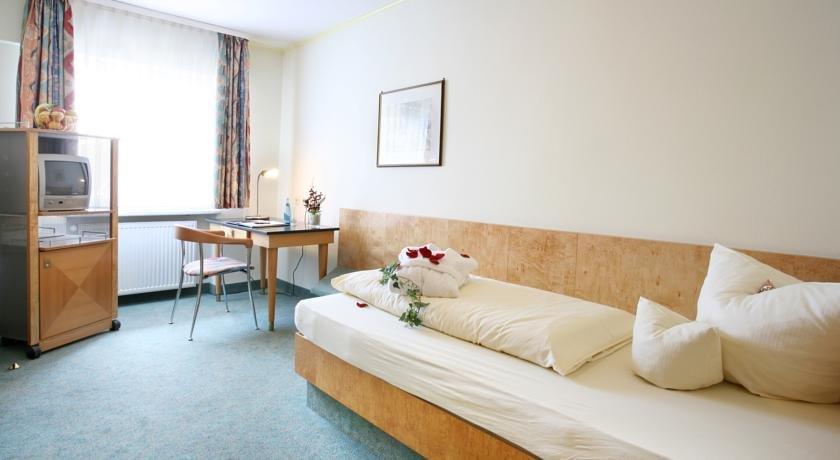 Gallery image of Hotel Zum weißen Rössel