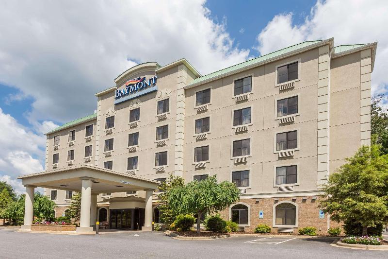 Baymont Inn & Suites Asheville Biltmore