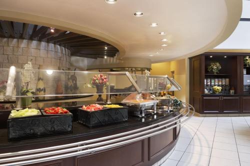 Embassy Suites By Hilton Orlando International Drive I Drive 360