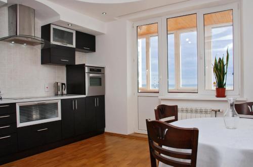 Kiev Pozniaky Apartment