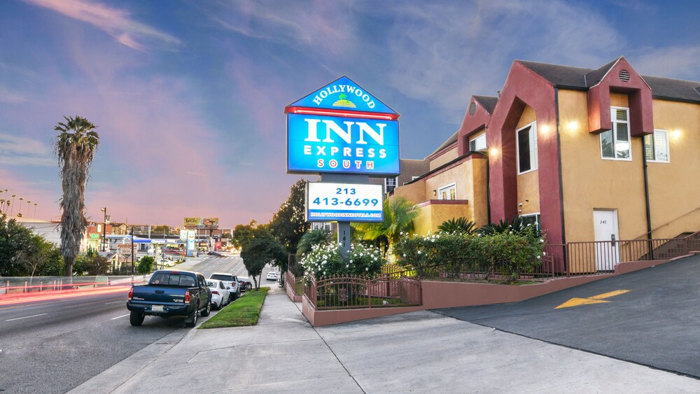 Gallery image of Hollywood Inn Express South