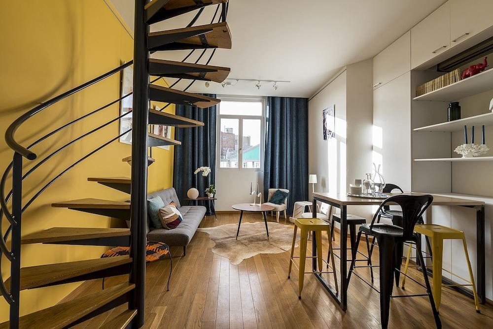 Europea Bright Bourse Duplex Residence