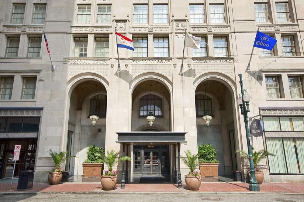 Hilton New Orleans St. Charles Avenue