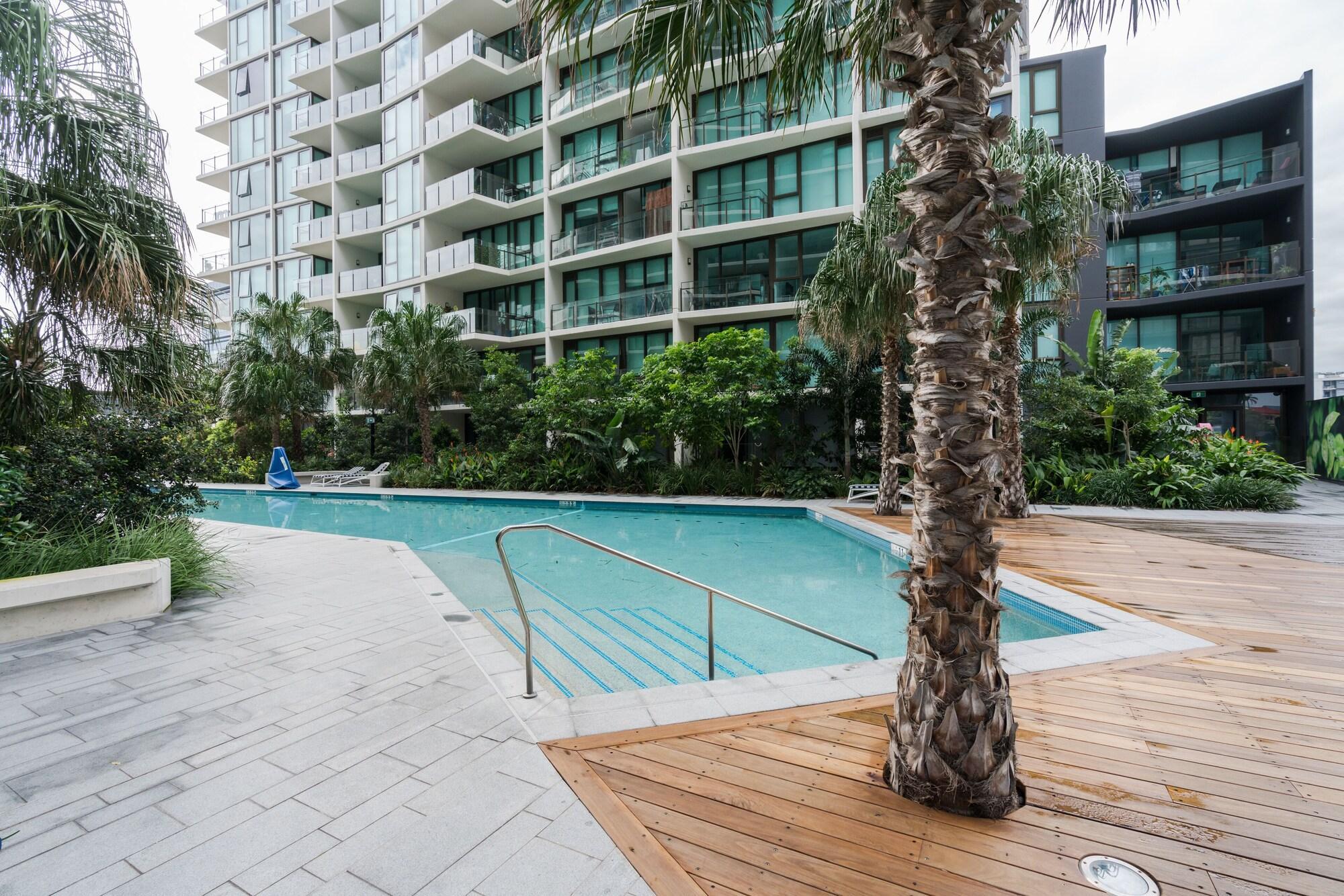 Laguna Apartment