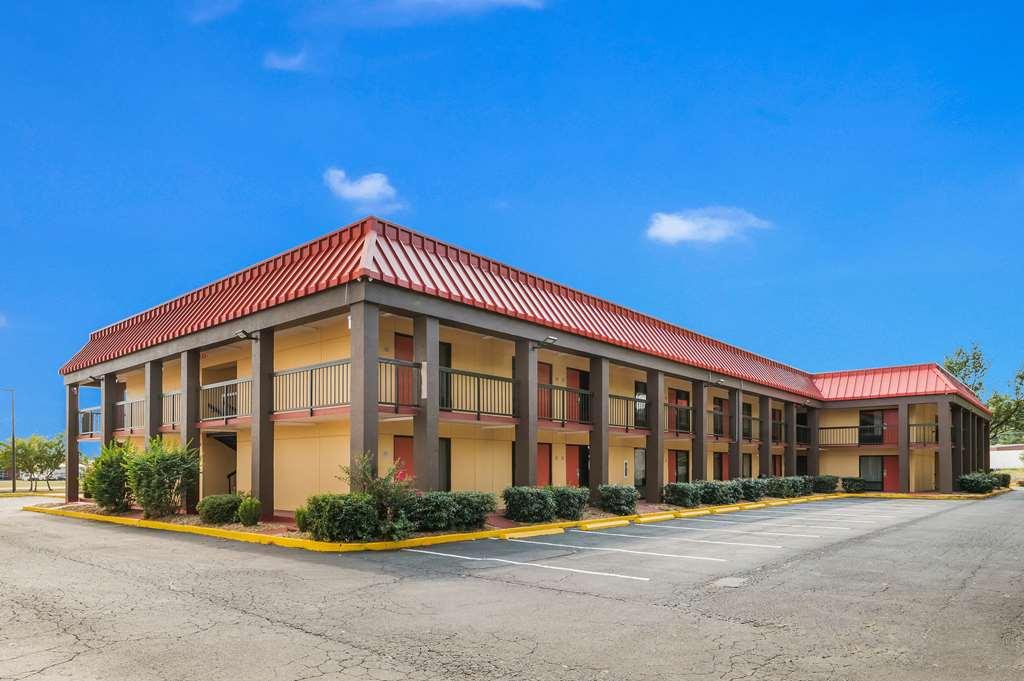 Gallery image of Econo Lodge Columbus