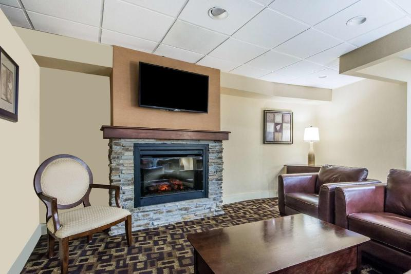 Gallery image of Days Inn Springfield Chicopee MA