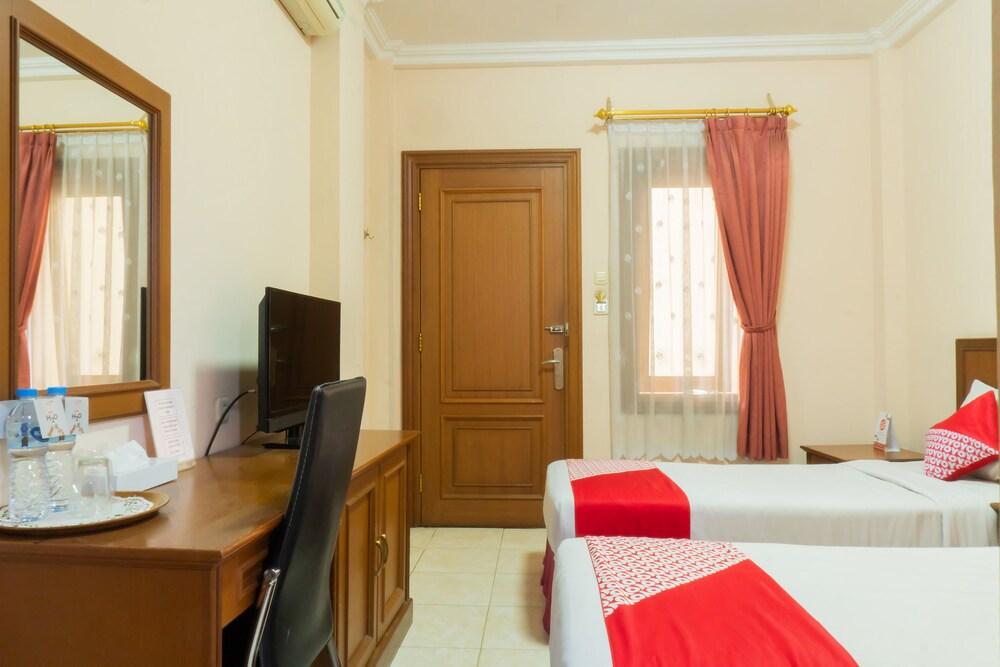 Gallery image of OYO 701 Ardellia Hotel