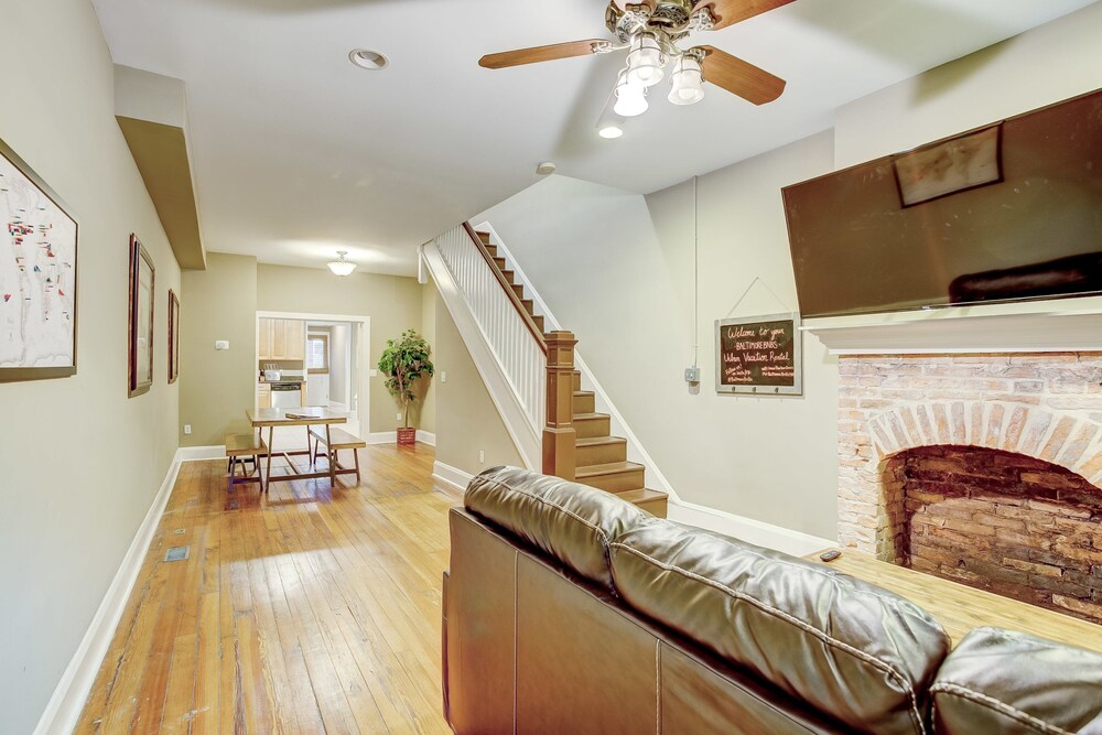 Authentic City Home Steps From Harbor Waterfront