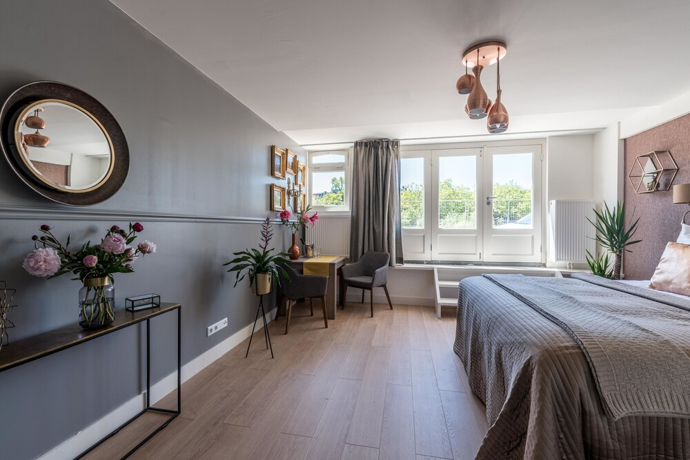 The Marnix Residential Suites
