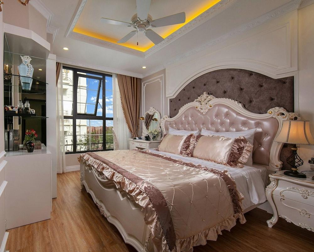 Royal Holiday Hanoi Hotel