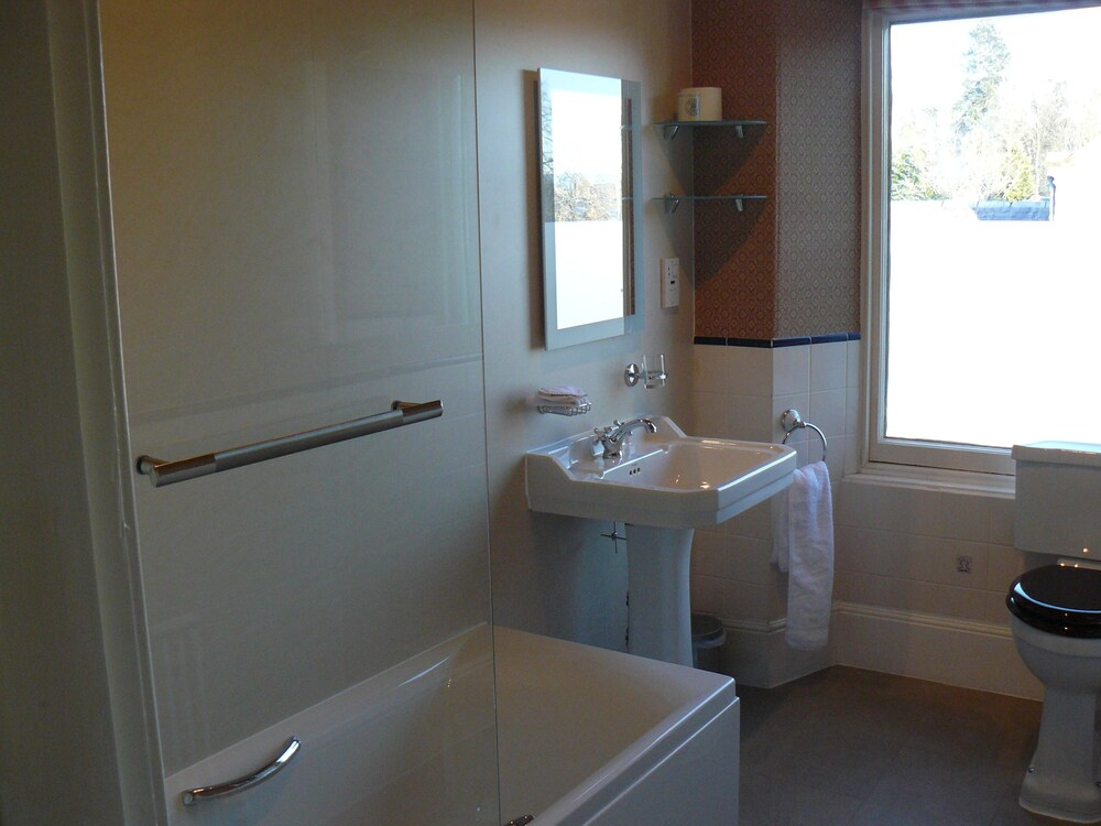 Gallery image of Rosehall Guest House