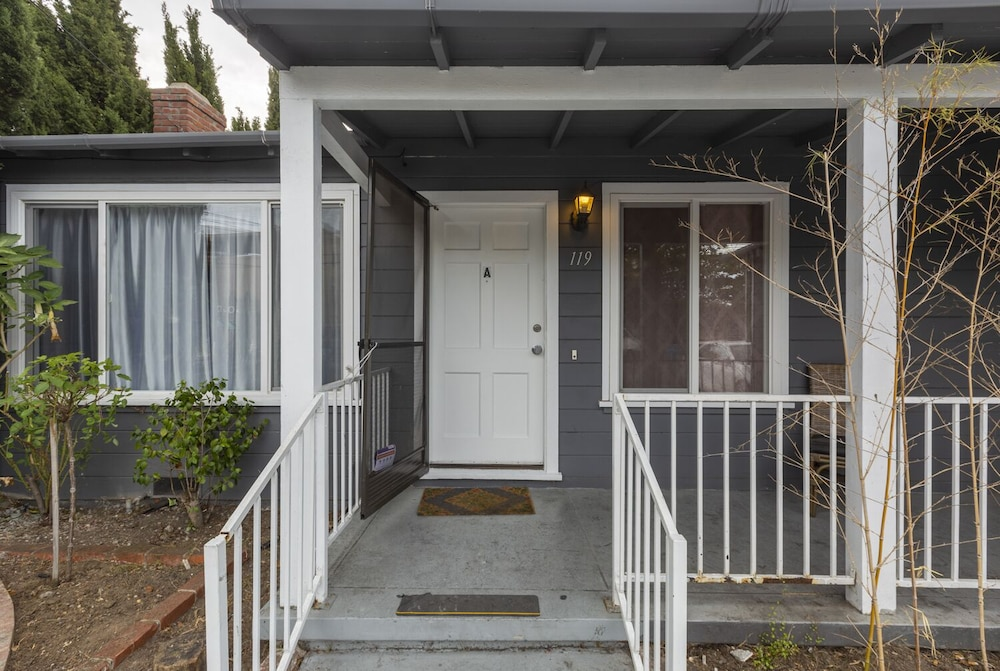 @ Marbella Lane Duplex Redwood City