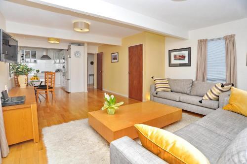 Salisbury Apartment Christchurch Holiday Homes