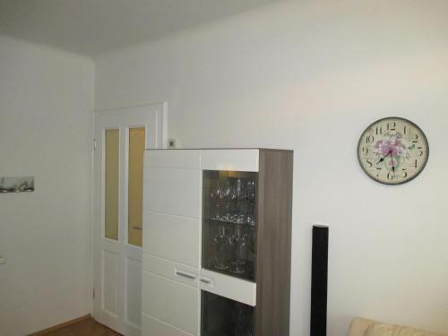 Vienna Apartment Stadthalle (وین آپارتمان استادتال)