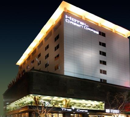 Green Grass Tourism Hotel
