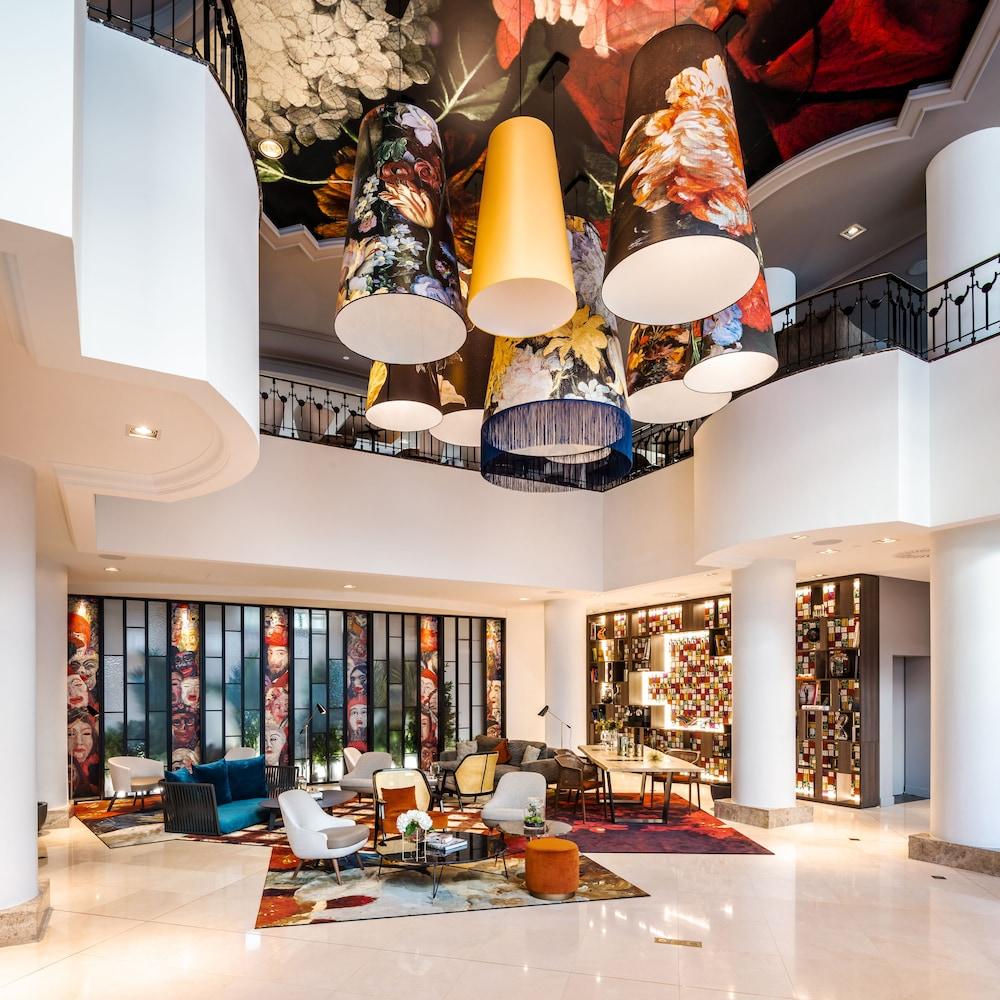 Renaissance by Marriott Brussels Hotel