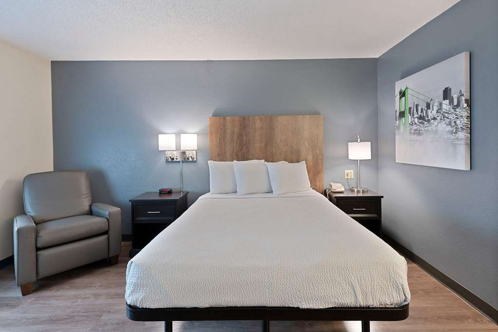 Extended Stay America Charlotte Tyvola Rd.