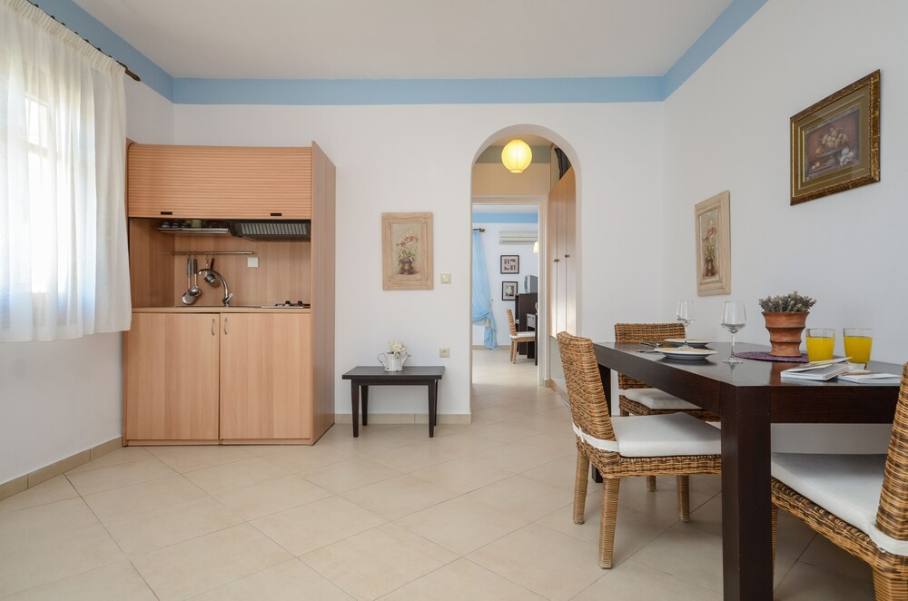 Gallery image of Margaritari Hotel