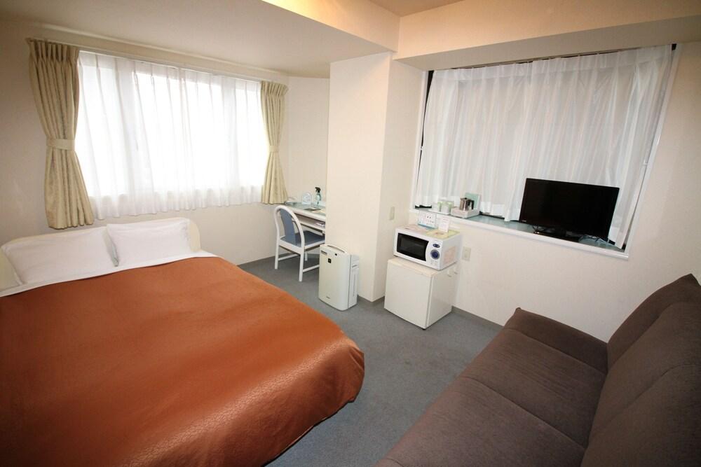 Gallery image of Mihara City Hotel