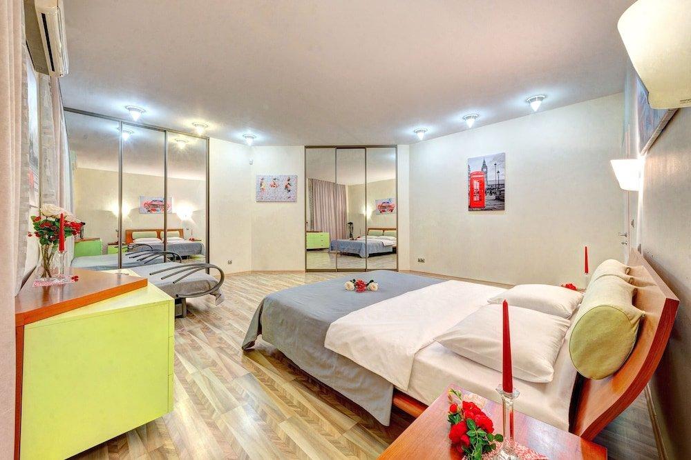 VIP apartment 3 bedroom na Laboratornom pereulke