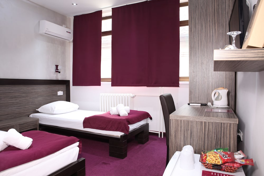 Gallery image of Side One Design Hotel