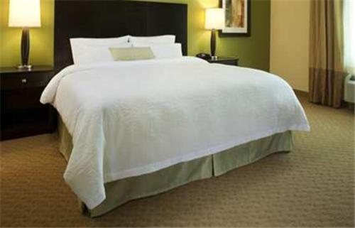 Hampton Inn & Suites Ocean City Bayfront Convention Center