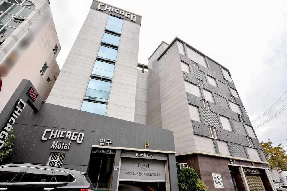 Chicago Motel