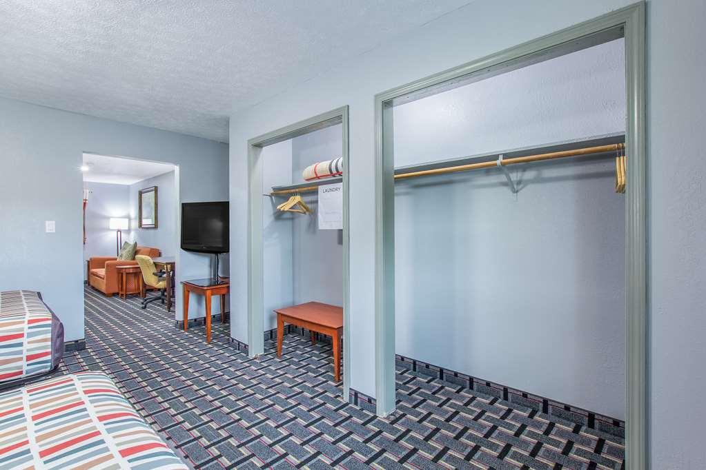 Gallery image of Knights Inn & Suites Salem IN