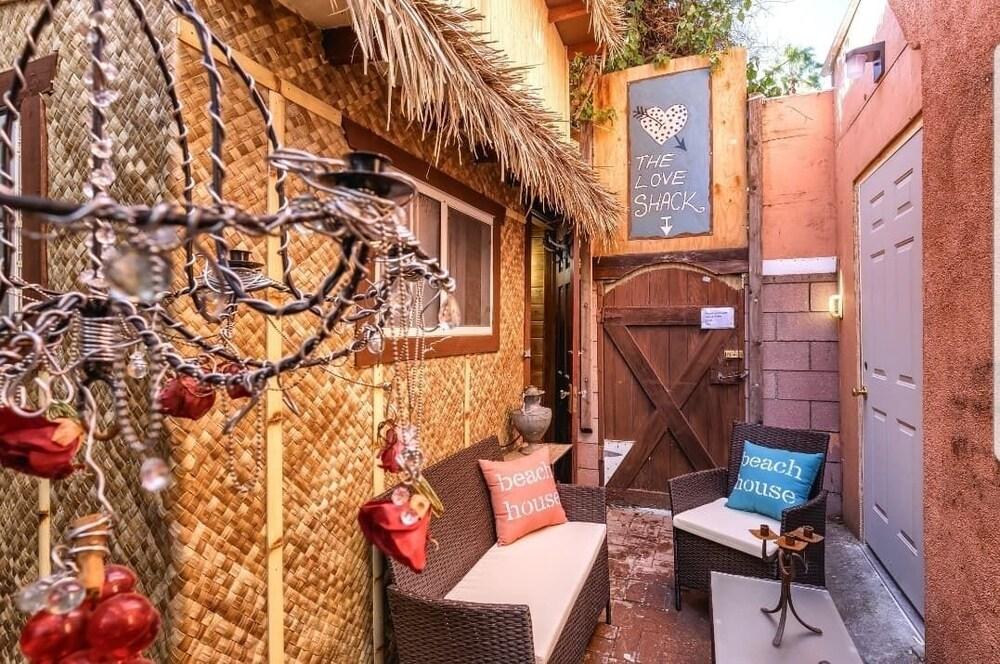 Tiki Hut Love Shack Venice Beach Studio Br Apts