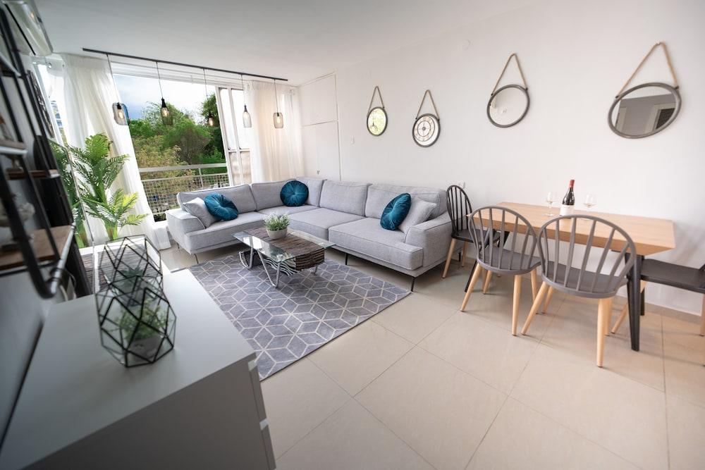 Amazing 3Bdr Apartment