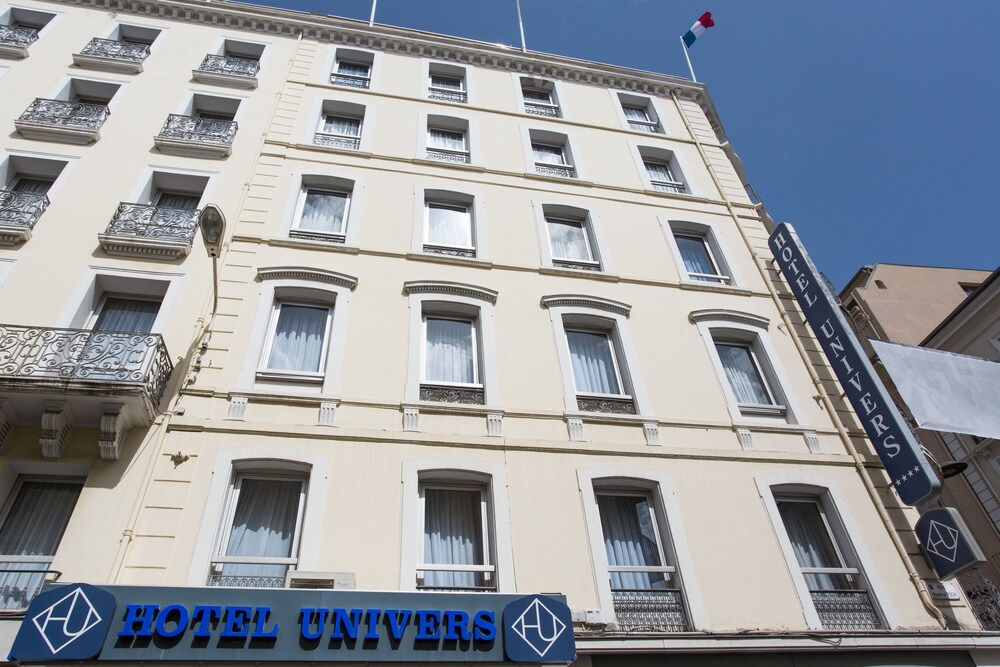 Gallery image of Hôtel Cannes Centre Univers