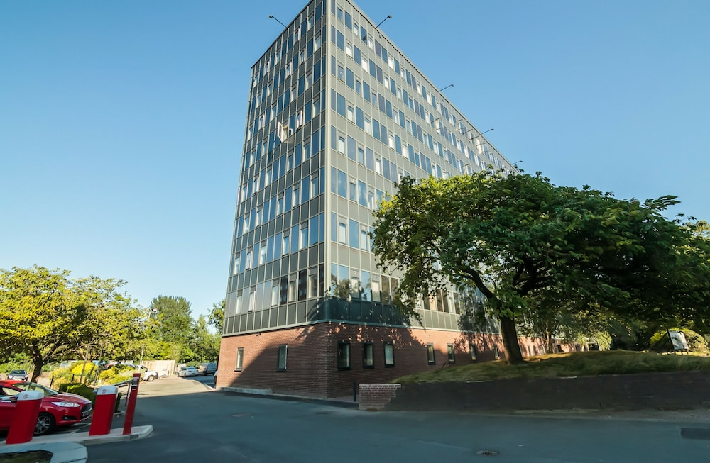 Approved Serviced Apartments Park Rise
