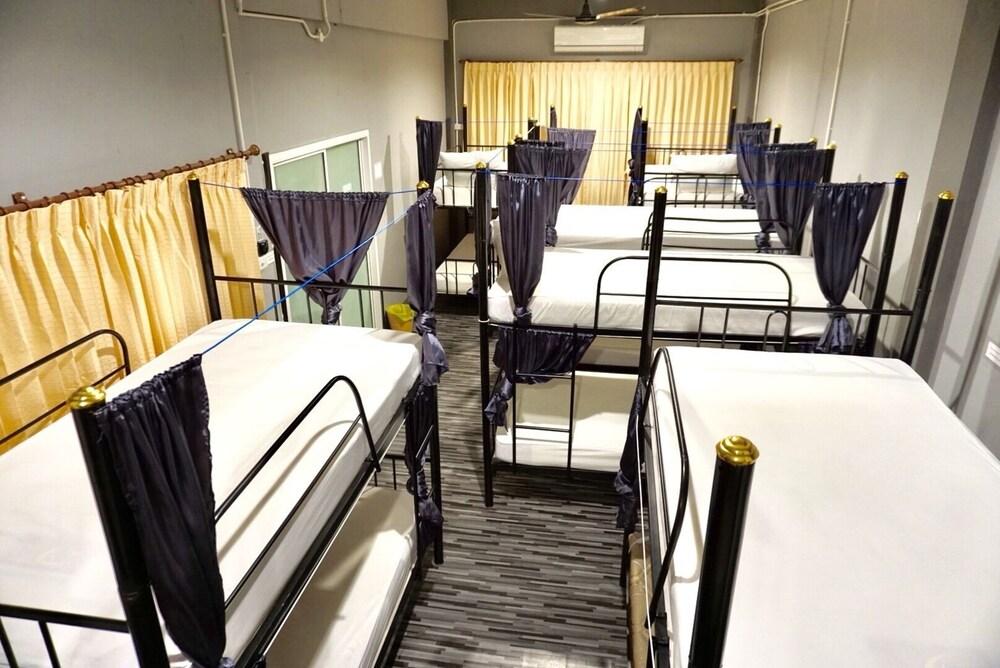 WE Hostel Hatyai