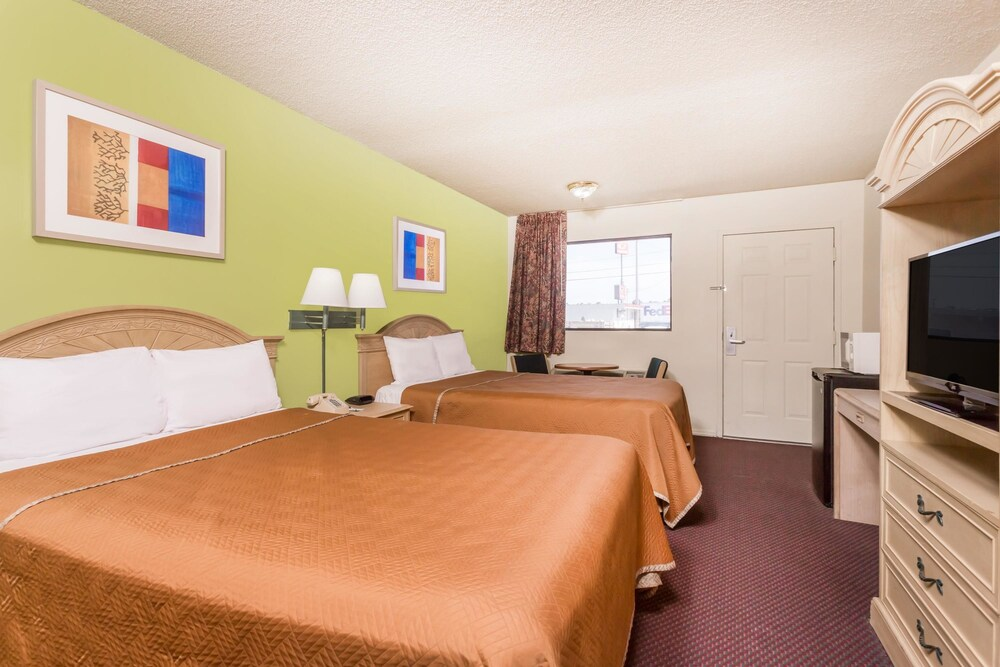 Gallery image of Travelodge by Wyndham Cordele