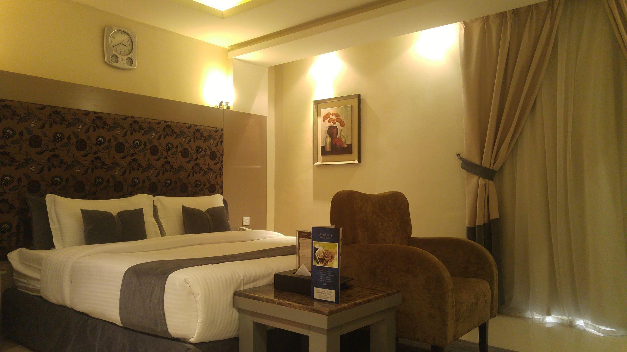 Almuhaidb Al Takhasosi Suites-4 من 7 الصور
