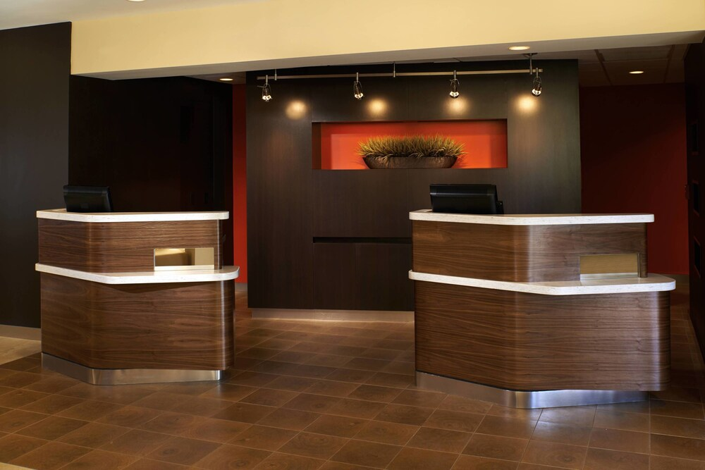 Gallery image of Courtyard by Marriott Chicago Highland Park Northbrook