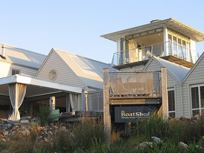 The Boatshed Seaside Boutique Hotel