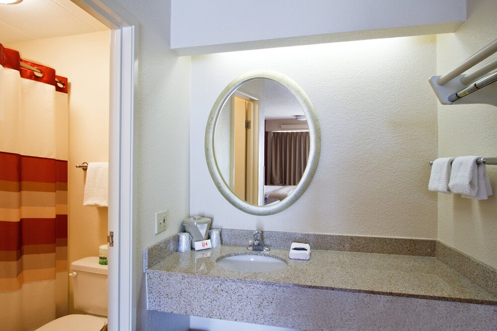 Gallery image of Red Roof Inn Lexington South