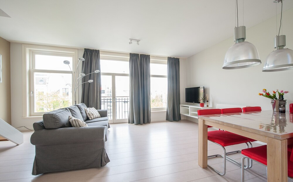 Short Stay Group Dapper Market Serviced Apartments